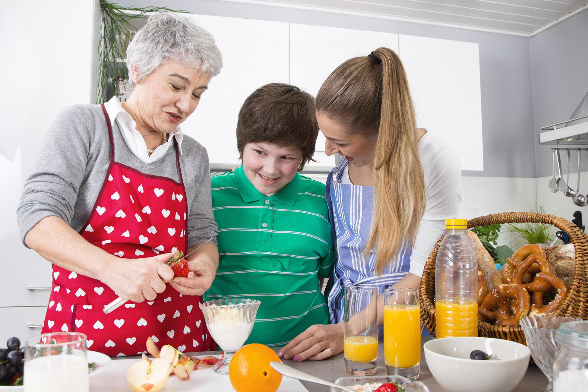 How to Get Your Family on Board with Healthy Eating in 2020